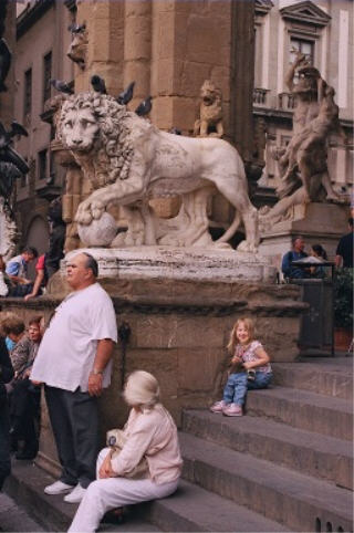 Anna next to lion
